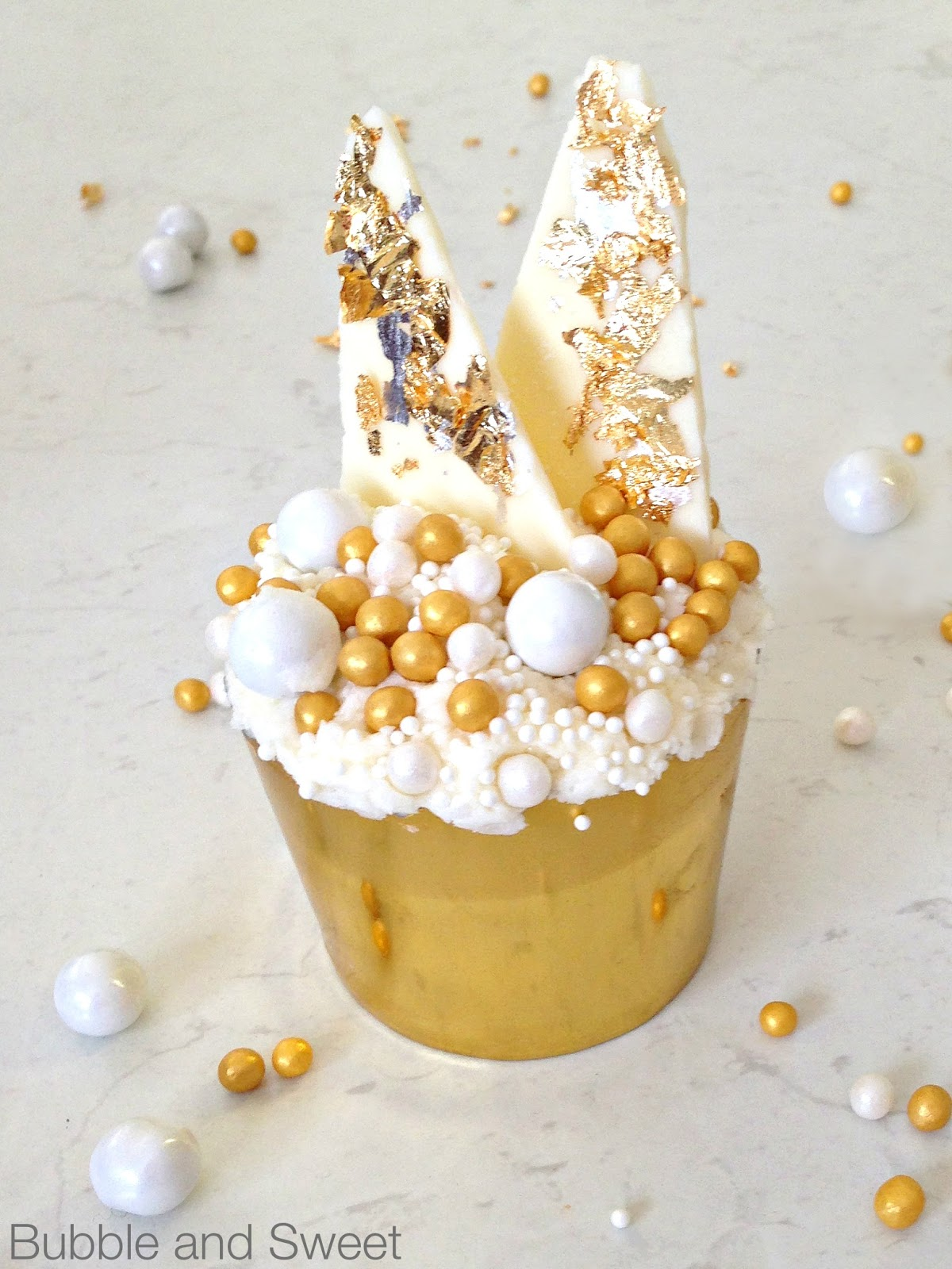 Cake Decorating Gold Pearls : Sugar Pearls Soft - Gold 5mm 1kg - All Things Baking