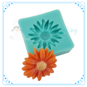 Small Daisy Mould - All Things Baking